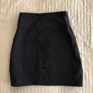 Aritiza Talula Black Highwaisted Mini Skirt